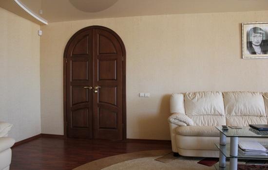 Арочные двери в интерьере квартиры