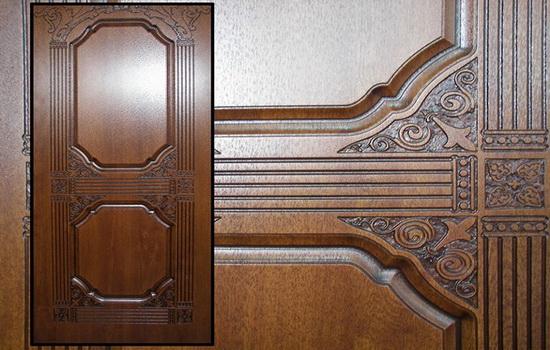 Деревянные накладки на металлическую дверь