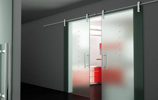 Двери откатные из стекла