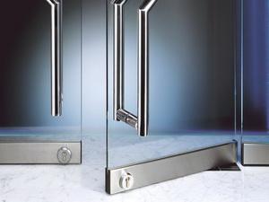 Маятниковые двери. Существующие виды и описание характеристик конструкции