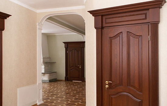 Межкомнатная дубовая дверь