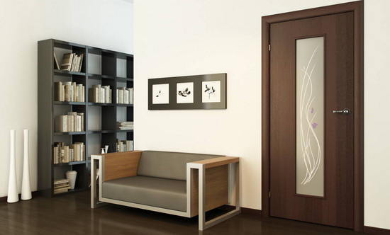 Межкомнатная дверь из массива ясень со стеклянной вставкой
