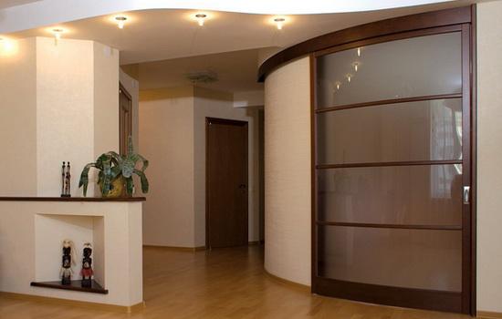 Полукруглые межкомнатные двери. Элегантное решение для дома