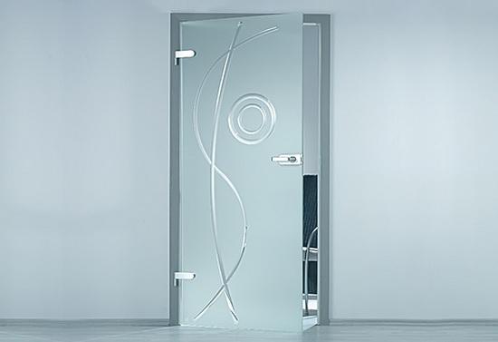Распашная межкомнатная дверь из матового стекла с рисунком