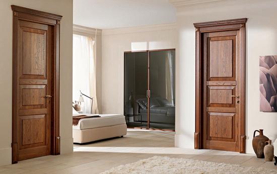 Светлые дубовые межкомнатные двери из массива