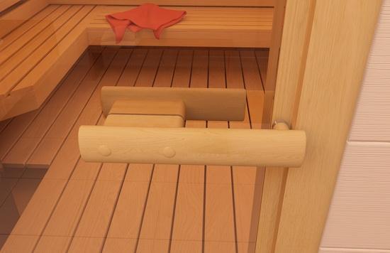 Удобная деревянная ручка на двери со стеклом