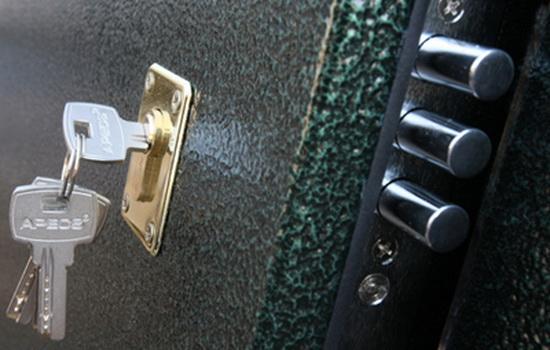 Выбор замка для внешней входной двери