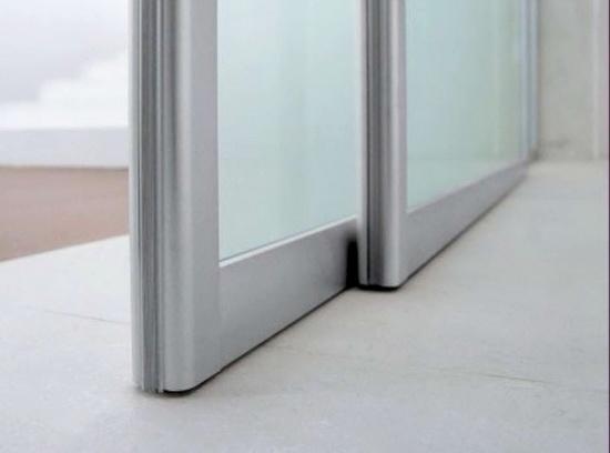 alumin-megkomnatnie-dveri-13