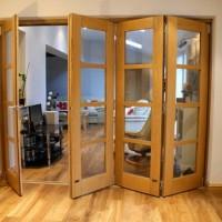 Межкомнатные двери-гармошка. Существующие разновидности, преимущества и недостатки