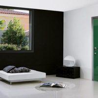 Итальянские металлические входные двери в квартиру. Переплетение красоты и качества