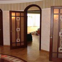 Межкомнатные элитные двери из дерева. Виды, особенности, характеристики