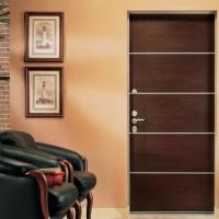 Особенности конструкции стальных входных дверей