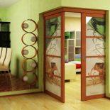 Угловые межкомнатные двери. Необычное решение для дома