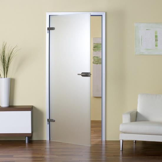 stecliannye-maiatneykovye-dveri2