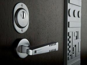 Бронированные входные металлические двери. Описание возможностей