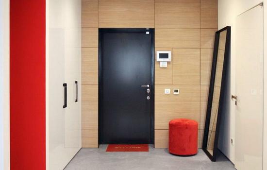 Двойные входные металлические двери. Предназначение, конструкция, рекомендации по установке