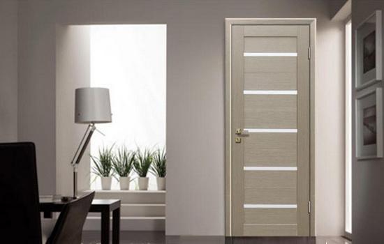 Межкомнатные двери цвета «беленый дуб» – модный тренд внутреннего дизайна