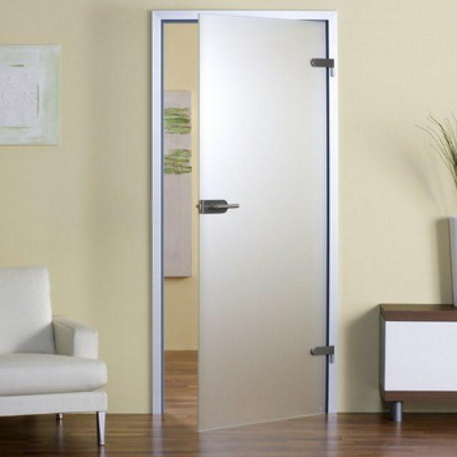 Межкомнатные прозрачные двери. Оптимальный выбор для квартиры
