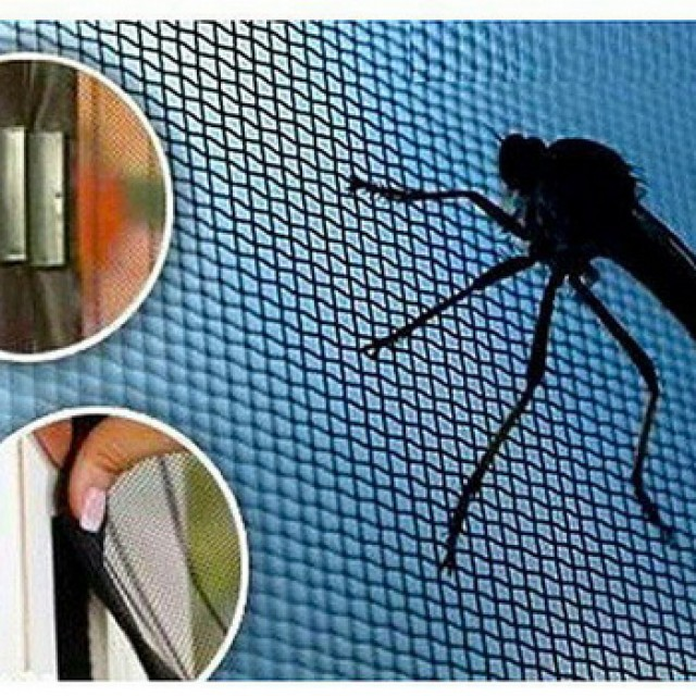 Москитная магнитная сетка на дверь балкона  — защищаемся от комаров с комфортом!
